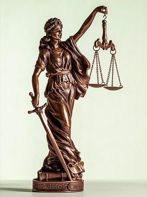 estátua justiça